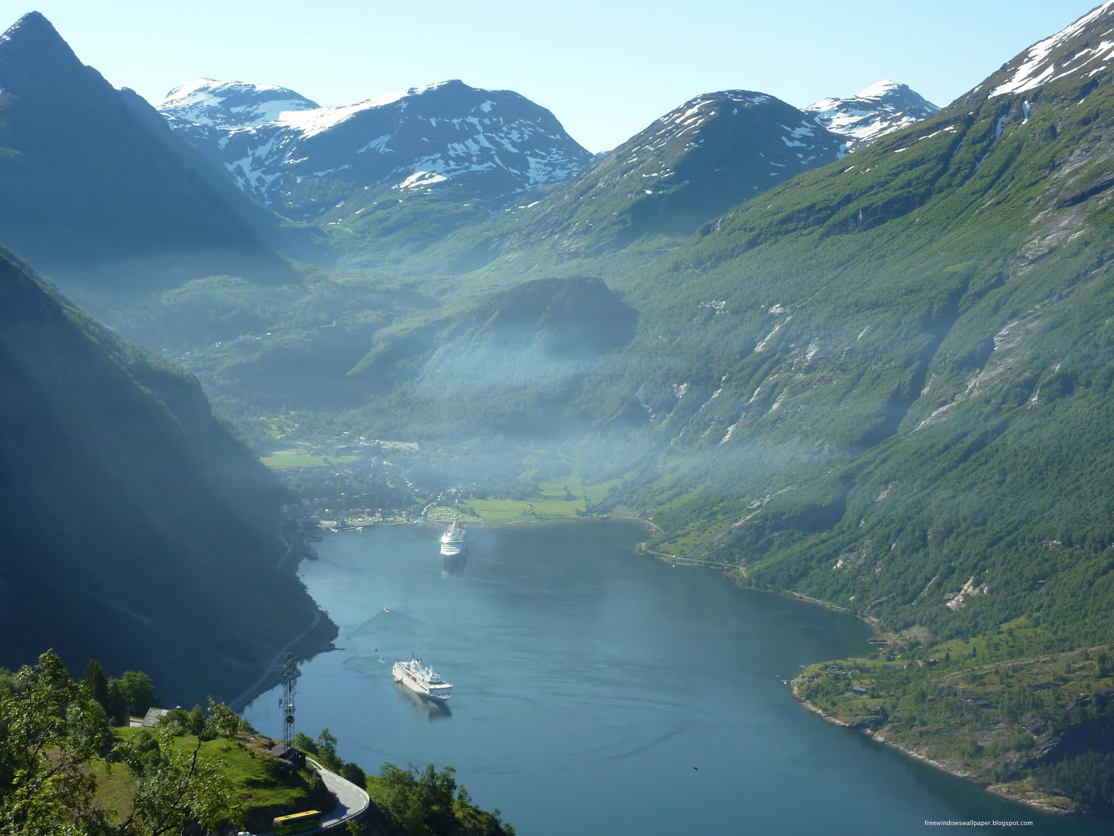 Geiranger Norway  city pictures gallery : Windows Wallpaper: Geiranger Fjord, Norway