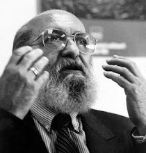 <strong>Paulo Freire</strong>