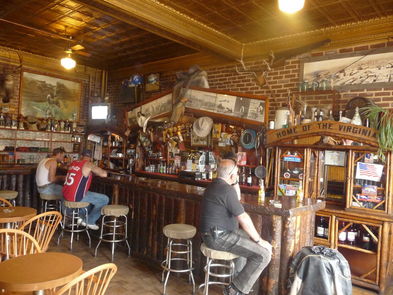 best bars west des moines