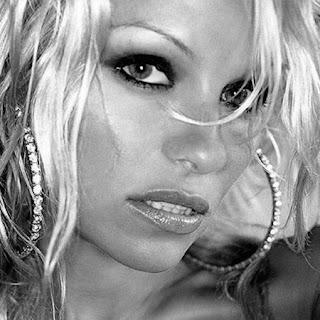 Labels: naked, nude, Pamela Anderson, sex tape