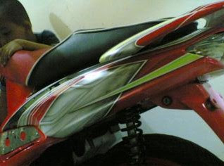 FOTO GAMBAR MODIFIKASI MOTOR AIR BRUSH RX king dan Matic Terbaru 2013