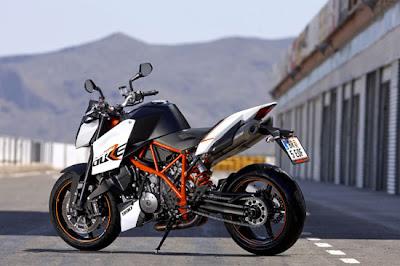 KTM 990 Super Duke R 2010