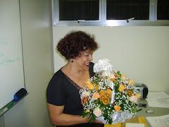 Recebendo flores..