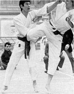 Roger Paschy vs Schnackenberg