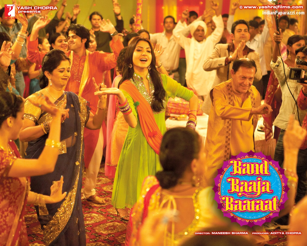 The Cast Of Film Is So Refreshing And Cheerfulit A Complete Paisa Vasool Movieand Indian Wedding Theme Can Hardly Go Wrong In Hindi Cinema