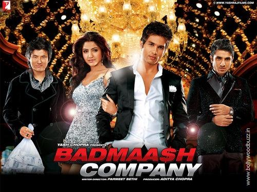 anushka sharma hot pics in badmaash company. dresses Hot Anushka Sharma 1