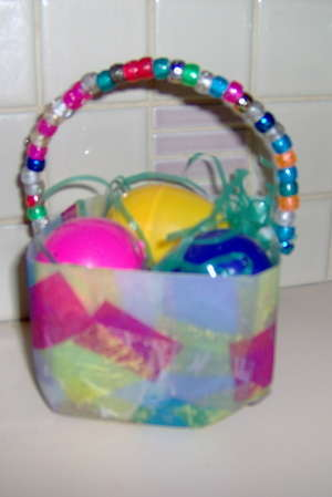 Craft central pony bead gift baskets easy crafts for kids for Bead craft for kids