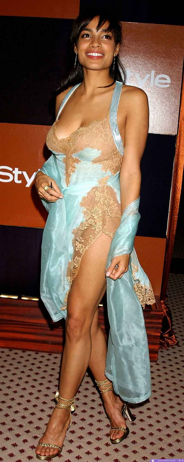 Actress Rosario Dawson Newhairstylesformen2014 Com