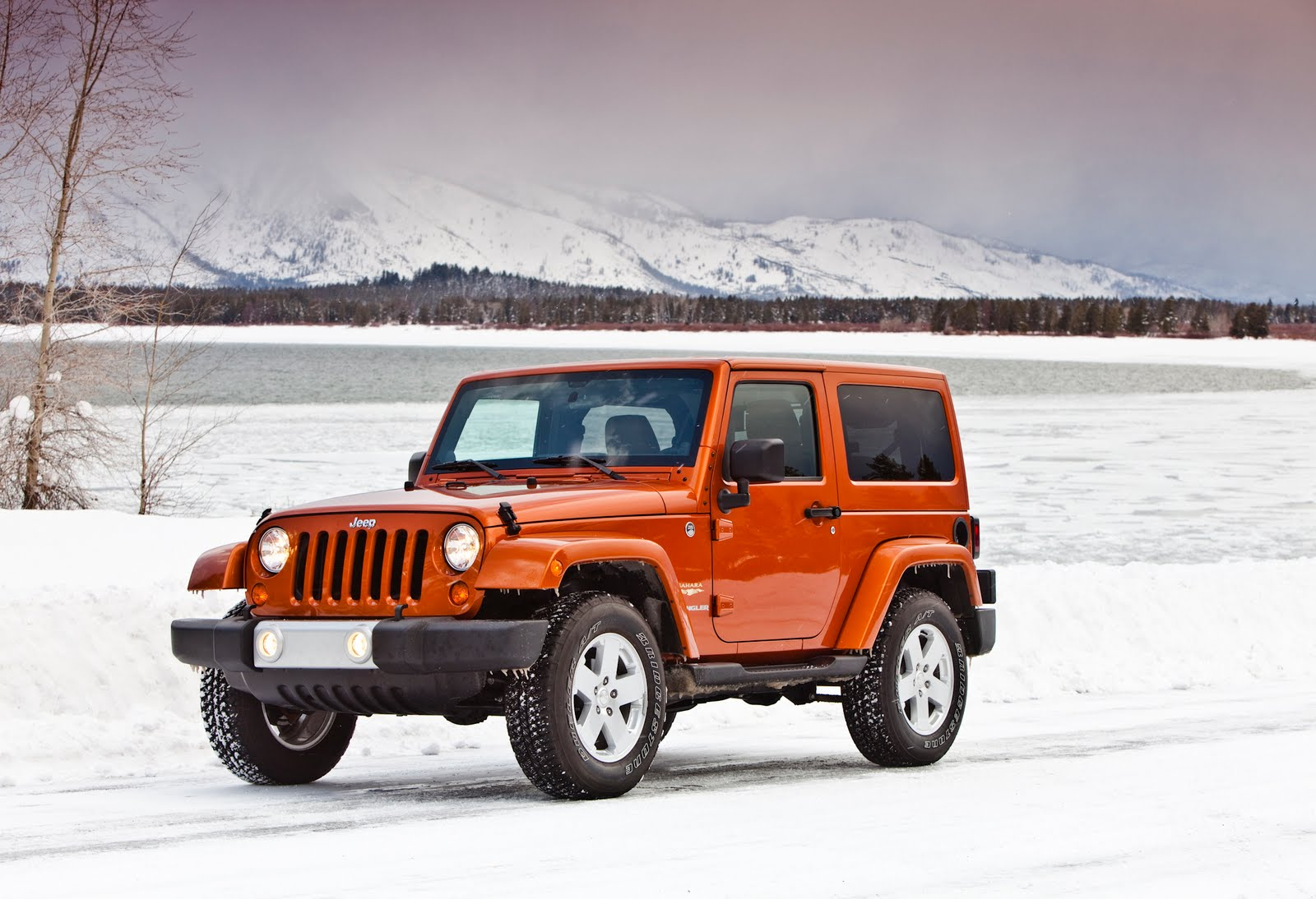 jeep roi des ventes de suvs aux usa. Black Bedroom Furniture Sets. Home Design Ideas