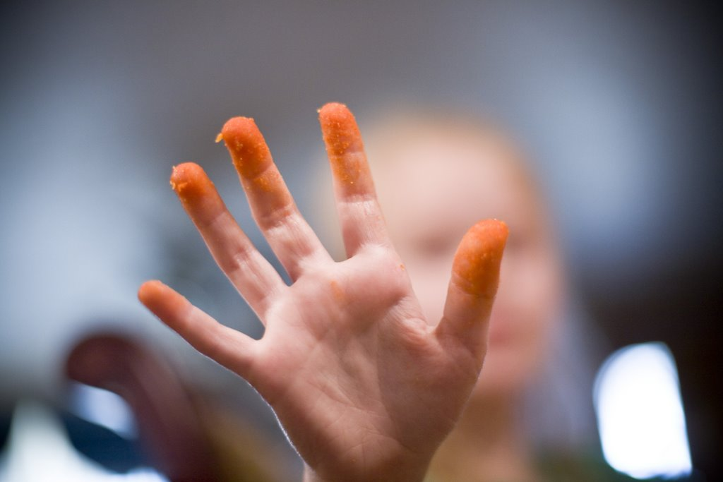 [cheetos+fingers]