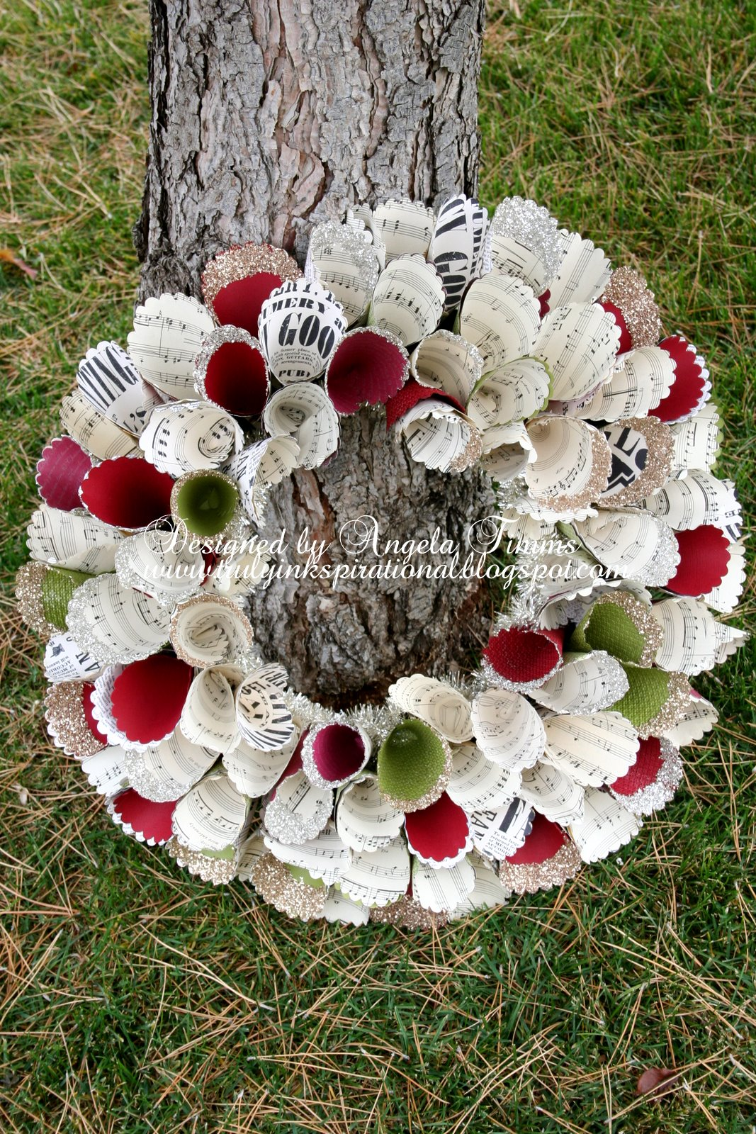 Truly Inkspirational Christmas Paper Wreath