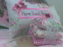 My crafty I - Hanging Pillow & Stack Pillow