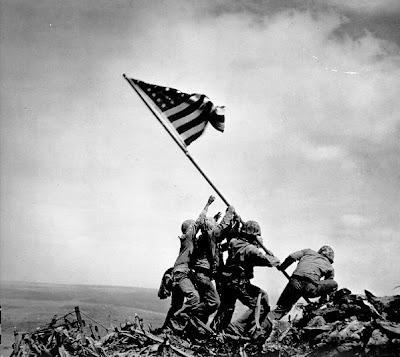 Fotografías para la historia (5) La bandera de Iwo Jima