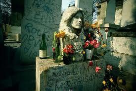 Mitologías rockeras (VI): ¿Está Jim Morrison enterrado en París?