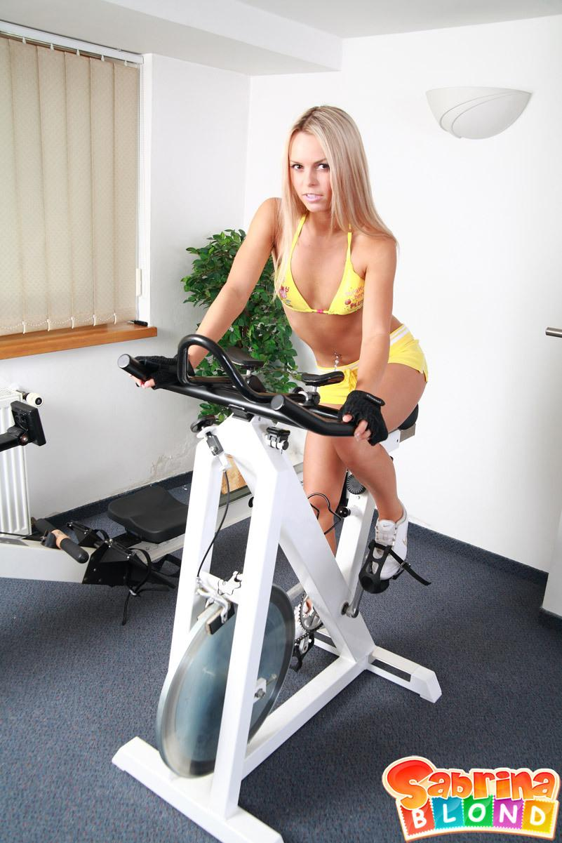 Sabrina Blond - Gym Sex HD 720p