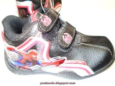 bot4 yenimoda.blogspot.com Çocuk Çizme Modelleri Çocuk Ayakkabı Çesitleri 2010