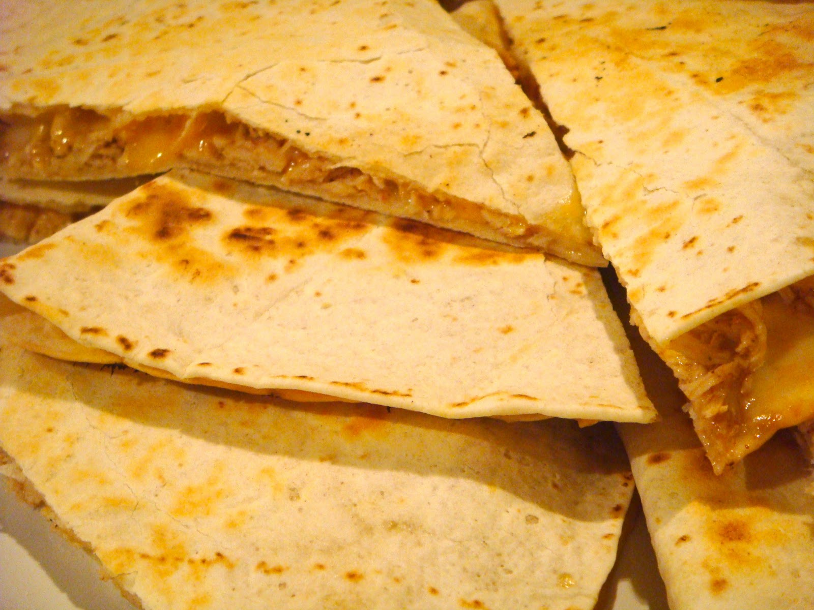 Delicious Dishings: Slow Cooker Chicken Quesadillas