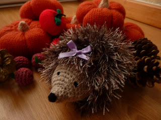Yellow, Pink and Sparkly: Heidi Hedgehog