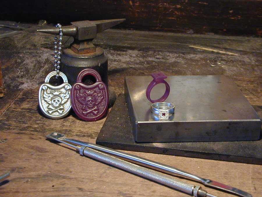 Clear metals wax carving class at jewelry arts