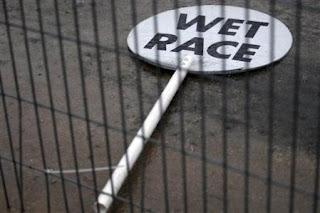 Mañana me autoexclusibobizo. Wet+race+AP