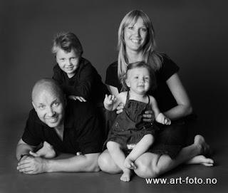 DSC 0165blogg - Familie i studio!