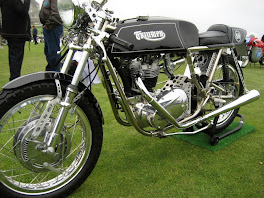 Bonneville Cafe-Racer