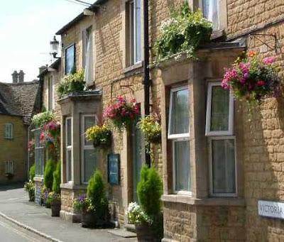 Lavanda rose un viaggio nella campagna inglese for Arredamento piccolo cottage