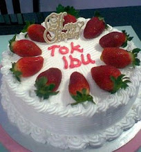 Fresh cream cake with strawberry