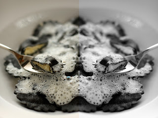 fekete ravioli fekete töltött házi tészta tintahal citromhab citrommártás tejszín szépia tinta