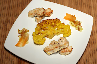 narancssárga karfiol sárga karfiol pirított sült karfiol csirkemell csirkafalat madras curry alma aszalt sárgabarack narancs narancslé juharszirup gyömbér sárgarépa répa pörkölt fenyőmag
