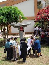 Busto en homenaje al profesor Carlos Gallardo, Facultad de CCSS, UNHEVAL
