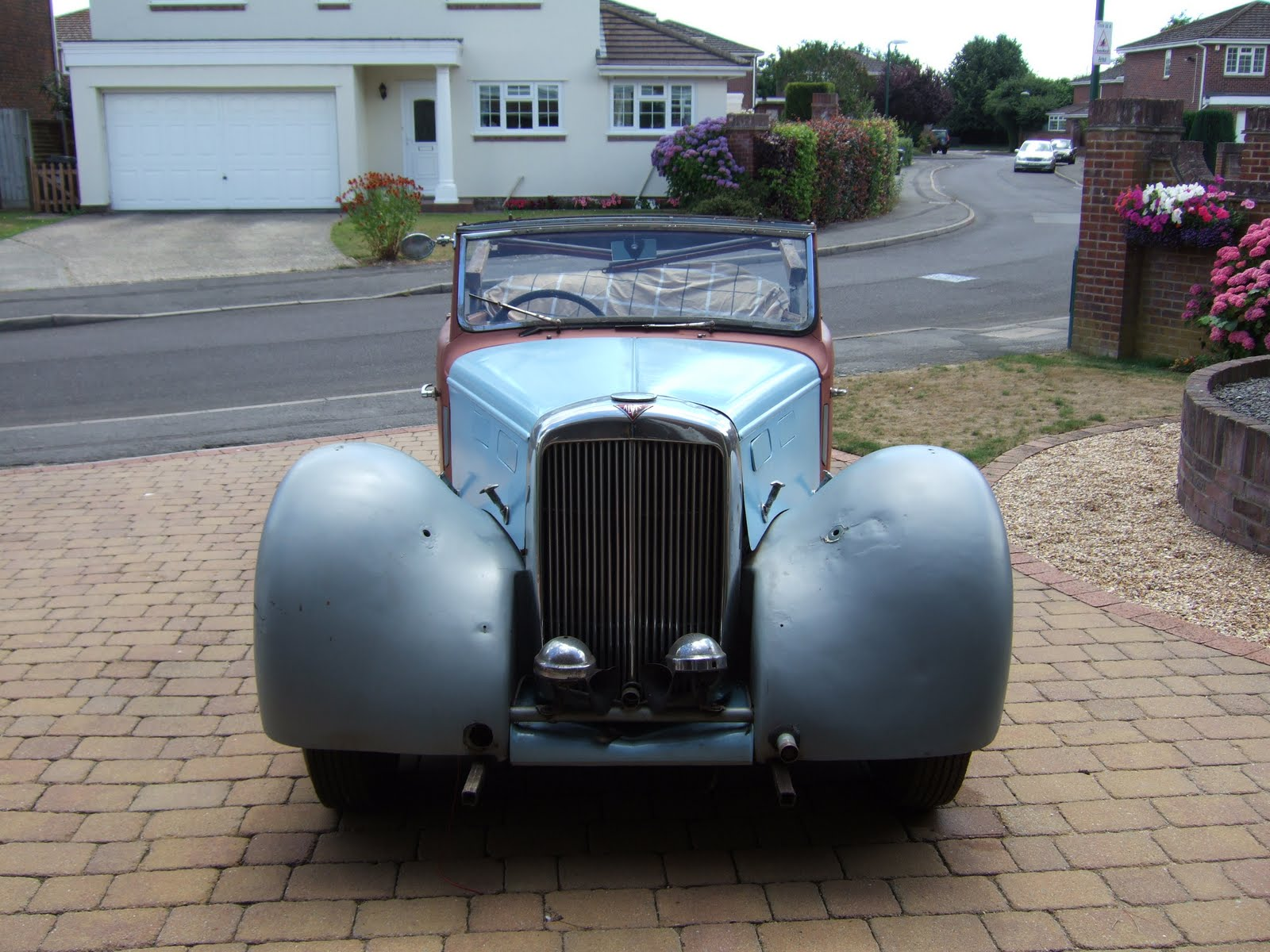 WB Pippin: New cars, old cars, and cars so old it\'s really rather ...