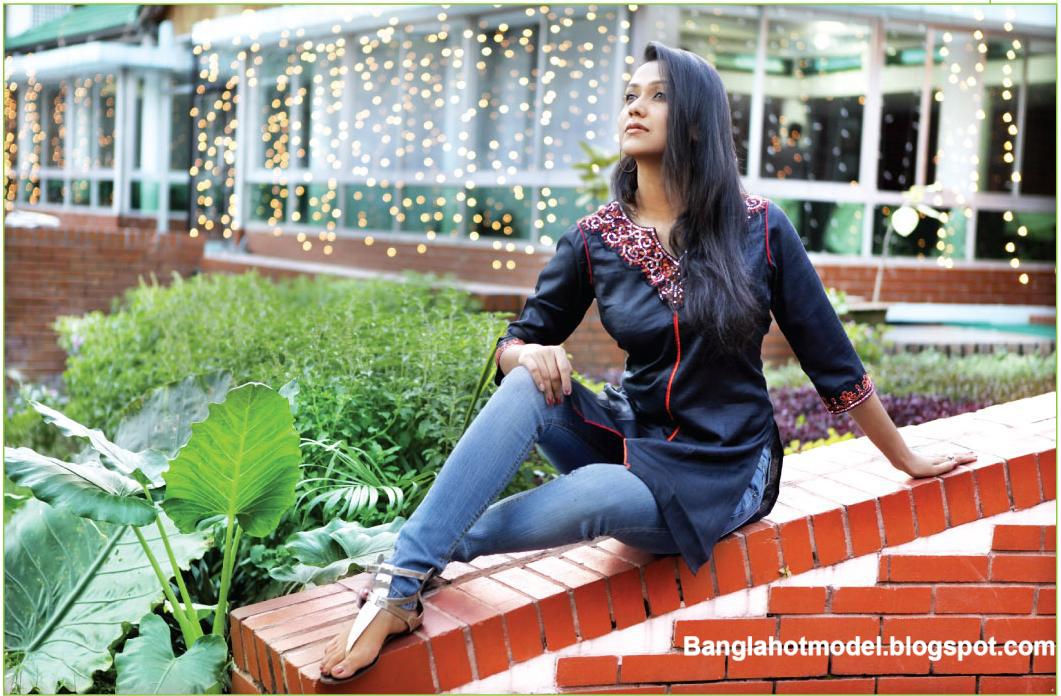 http://4.bp.blogspot.com/_A1gNdbDbJ8M/TL259UdAFrI/AAAAAAAABdo/ett-kYScUDs/s1600/Bangladeshi+Girl+(4).jpg