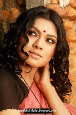 Actress tisha