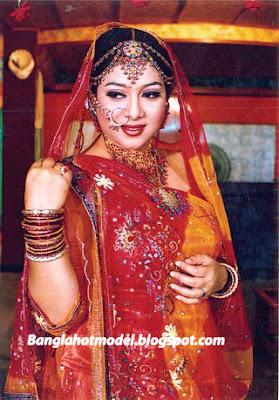Dhallywood Queen Shabnur
