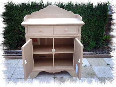 100 rton commode classique. Black Bedroom Furniture Sets. Home Design Ideas