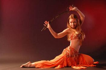 Eshe Belly Dancer