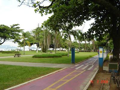 Jardins das Praias de Santos e Ciclovia. Free picture by Emilio Pechini