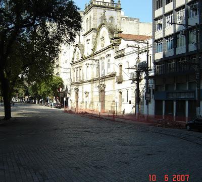 Igreja do Convento do Carmo e Ordem Terceira - foto de Emilio Pechini - clique aqui para ir ao site Panoramio.com