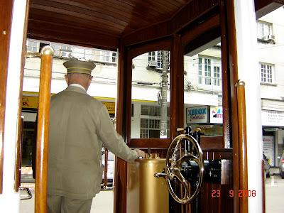 Clique para Ampliar - Santos - SP - 23/09/2008 - Foto de Emilio Pechini