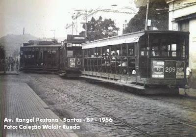 Avenida Rangel Pestana - Santos em 1956 - Coleção Waldir Rueda