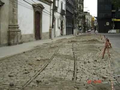 Trilhos no centro de Santos. Foto de Emilio Pechini em 22/02/2009