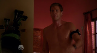 Ryan McPartlin Shirtless on Chuck s3e03