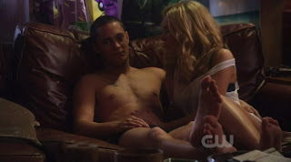 Rafi Gavron shirtless on Life Unexpected s1e09
