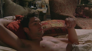 Matt Dallas Shirtless on Eastwick s1e02