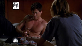 Rob Lowe Shirtless on Brothers and Sisters s4e04