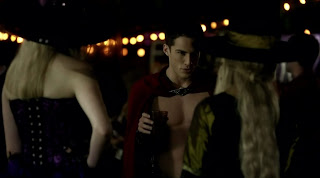 Michael Trevino Shirtless on Vampire Diaries s1e07