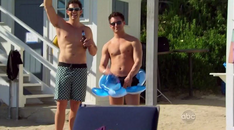 Ty Brown Shirtless on The Bachelorette s6e02