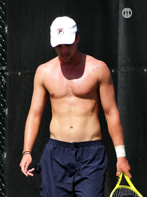 Horacio Zeballos Shirtless at Miami 2010