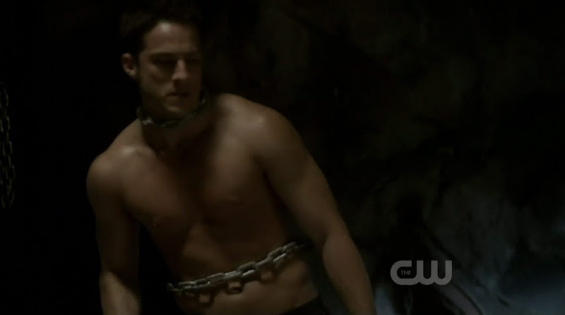 Michael Trevino Shirtless on The Vampire Diaries s2e11